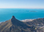 Scenic View in Cape Town, Table Mountain, South Africa from an aerial perspective — Foto Stock