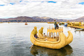 Traditional reed boat lake Titicaca, Peru, Puno. South America. — Stock Photo