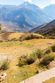 Peru, Ollantaytambo-Inca ruins of Sacred Valley in Andes mountains, South America — Stock Photo