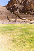 Ollantaytambo-Inca ruins in Andes mountains — Stock Photo