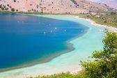 Słodkowodne jezioro w miejscowości kavros w wyspa kreta — Zdjęcie stockowe
