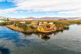 Floating Islands on Lake Titicaca Puno, Peru — Stock Photo