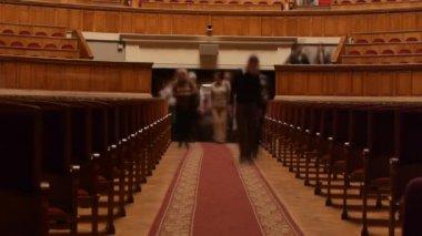 Audience fills the auditorium — Stock Video