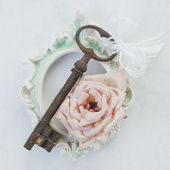Old, rusty key — Stock Photo