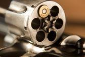 Cartuchos de revólver magnum 357 tambor — Foto de Stock