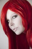 美しい女赤い髪と — ストック写真