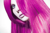 Beautiful woman with pink hair — Stock fotografie