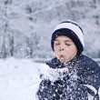 Children snow wishes — Stock Photo
