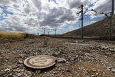 Verkeer signaal naast de trein sporen — Stockfoto