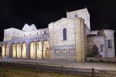 Europe, Spain, Castile and Leon, Avila, View of basilica de San Vicente at night — Stock Photo