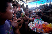 Během balinéskou tradiční kohoutí zápasy soutěže — Stock fotografie