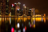 City of Singapore at night, Marina Bay with water reflections. — Stock Photo