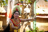 BALI, INDONESIA  APRIL 9: Young girl performs a classic national Balinese dance formal wear on April 9, 2012 on Bali, Indonesia. formal wear is very popular cultural show on Bali. — 图库照片