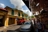 SINGAPORE - APR 16: Little India district on Apr 16, 2012 in Singapore — Stock Photo