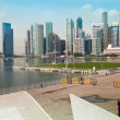 SINGAPORE - APR 15: A view of city in Marina Bay business district on Apr 15, 2012 in Singapore — Lizenzfreies Foto