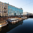 ST.PETERSBURG, RUSSIA - MAY 21: Griboyedov Canal Embankment, May 21, 2012 in St.Petersburg, Russia — Stock Photo