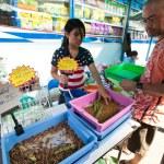 BANGKOK - APRIL 24: Unidentified seller shop at Chatuchak Weekend Market April 24, 2012 in Bangkok, Thailand — Stock Photo