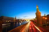 Embankment of the Moskva River near Kremlin in the evening — Stock Photo