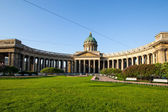 ST.PETERSBURG, RUSSIA - MAY 21: Kazan Cathedral or Kazanskiy Kafedralniy Sobor in May 21, 2012 in St.Petersburg, Russia. — Stock Photo