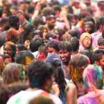 Kuala Lumpur, Malasia - 31 de marzo: se celebra el festival de Holi de colores, 31 de marzo 2013 en Kuala Lumpur, Malasia. Holi, que marca la llegada de la primavera, siendo uno de los mayores festivales de asia — Foto de Stock