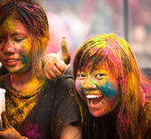 KUALA LUMPUR, MALAYSIA - MAR 31: celebrated Holi Festival of Colors, Mar 31, 2013 in Kuala Lumpur, Malaysia. Holi, marks the arrival of spring, being one of the biggest festivals in Asia. — Foto de Stock