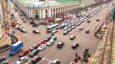 Timelapse: top view of the Metro and mall Gostiny Dvor on Nevsky Prospect