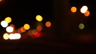Nacht-Straße, abstrakt. verschwommen Lichter der Großstadt — Stockvideo #27501629