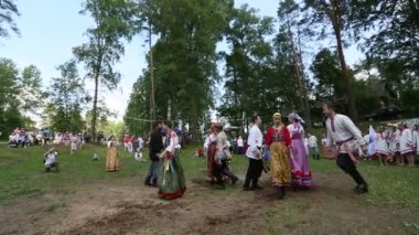 Local people celebrated Ivan Kupala Day — Стоковое видео