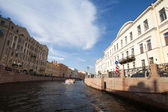 ST.PETERSBURG, RUSSIA - JUNE 24: On boat along channels city, June 24, 2013, SPb, Russia. In the city there are many, of not less than 93-x rivers, sleeves, ducts, channels, a total length of 300 km. — Stock Photo