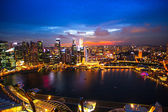 SINGAPORE - APRIL 15: A view of city from roof Marina Bay Hotel on April 15, 2012 on Singapore. — Stock fotografie