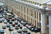 ST.PETERSBURG, RUSSIA - JUN 27: Cars stands in traffic jam on the city center, Jun 27, 2013, SPb, Russia. Shortness of traffic due to repairs Greater Obukhov (cable-stayed) Bridge. — 图库照片