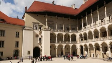 Arcades Wawel Castle in Krakow, Poland. — Stock Video