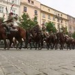Unidentified participants feast of the Polish cavalry in historical city center, Sep 22, 2013 in Krakow, Poland. — Stok video