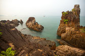 Rocks on the coast of the Gulf of Thailand. — Stock Photo