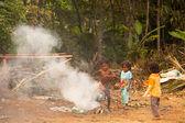Unidentified children Orang Asli in his village — Stock Photo