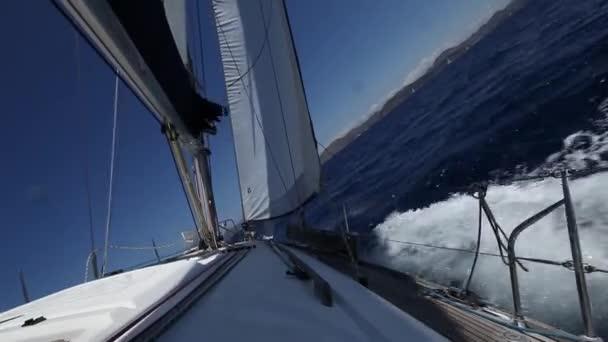 Sailing in Greece. Yachting. Luxury cruise yacht. (HD) — Vidéo