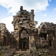 Angkor Wat Hindu temple — Stock Photo
