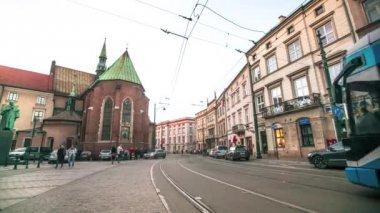 Timelapse: una delle strade nel centro storico di cracovia — Video Stock