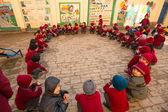 Lección de baile en la escuela primaria — Foto de Stock