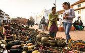 Seller souvenirs at Durbar Square — Stock Photo