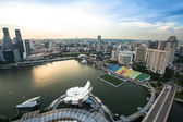 A view of city from roof Marina Bay Hotel on Singapore. — Стоковое фото