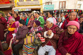 Buddhist pilgrims — Stock Photo