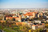 Královského wawel zámek s parkem — Stock fotografie
