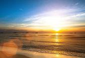Beautiful sunset on coast of Siam Gulf — Stock Photo