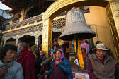 Unidentified Buddhist pilgrims — Stock Photo