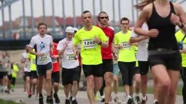 Maratón internacional de cracovia. — Vídeo de stock