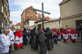 Unidentified participants of the Way of the Cross on Good Friday — Stock Photo