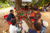 Unidentified people Orang Asli in his village — ストック写真
