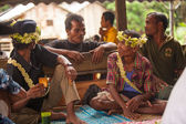 Unidentified people Orang Asli in his village — Stock Photo