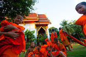 Child spend a monk at a Buddhist monastery Wat Klong Prao — Stock Photo